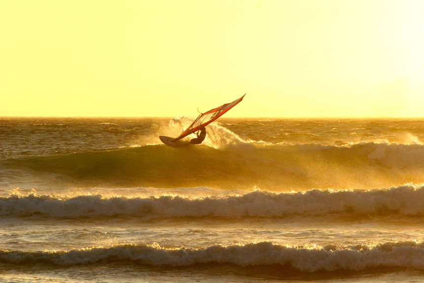 Spotguide, Kite and Windsurfing Guide, Guincho, Portugal, Europa