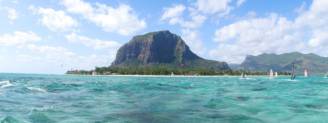The Kite and Windsurfing Guide, Le Morne, Mauritius, Indian Ocean